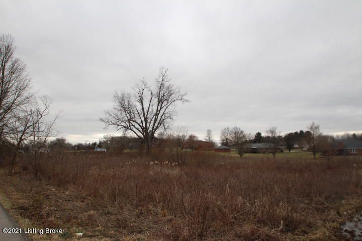 5 Hammond Rd, Lawrenceburg, KY 40342