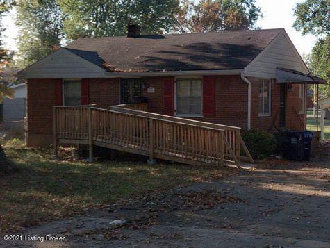 2608 Pioneer Rd, Louisville, KY 40216