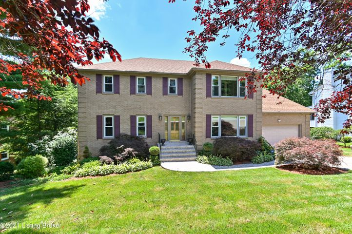 5208 Moccasin Trail, Louisville, KY 40207