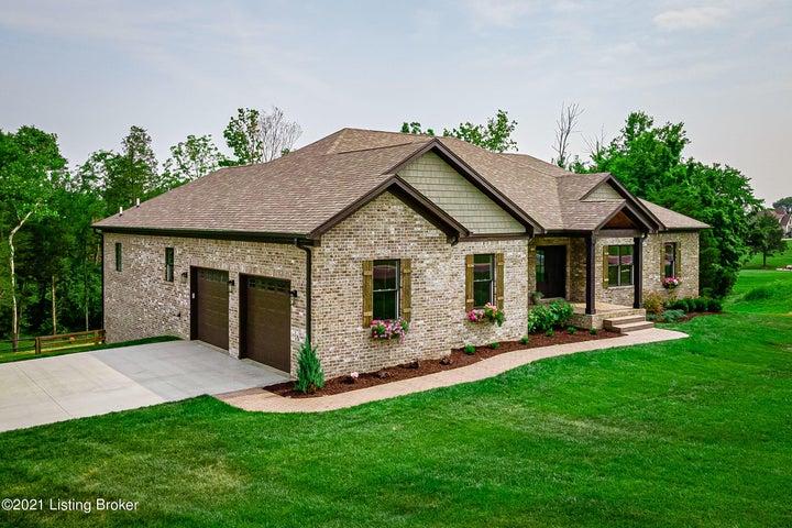 7385 Grand Oaks Dr, Crestwood, KY 40014