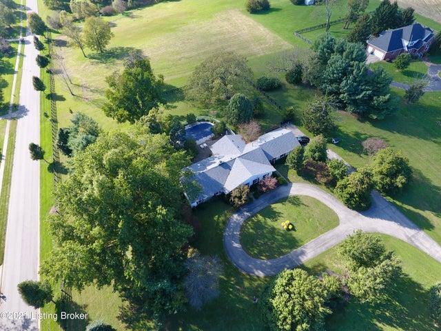 2636 Mt Eden Rd, Shelbyville, KY 40065
