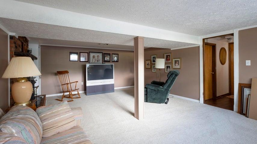 1552 Glenrock Rd