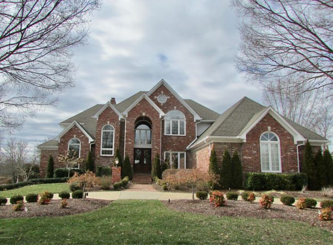Open 3/1/20 2-4 ''Best Golf Lot'' in Lake Forest located on the 18th fairway a short walk from the country club! (no sign)This outstanding custom built updated home with an incredible cooks dream kitchen with professional appliances huge island 2 pantries! Also, ice maker, double ovens, gas cook top, planning desk and pantry are other accessories occupying the kitchen. The kitchen is an eat-in and has a hearth room area for casual gathering around the fireplace! There are French doors which enter onto deck across rear of home. magnificent ''Estate'' oozes with ''Louisville Charm''encompassing the circle driveway to the formal entry foyer from the Great-room windows which also offer a panoramic view of the course and lake! When you catch your breath look to the left and take the gracious