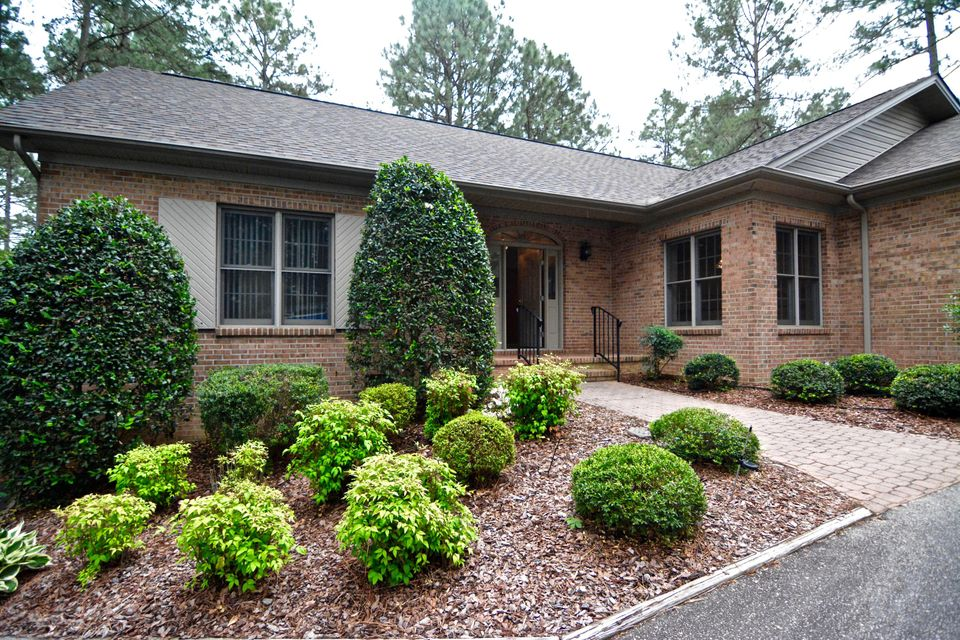5 Pine Ridge Drive, Whispering Pines, NC 28327