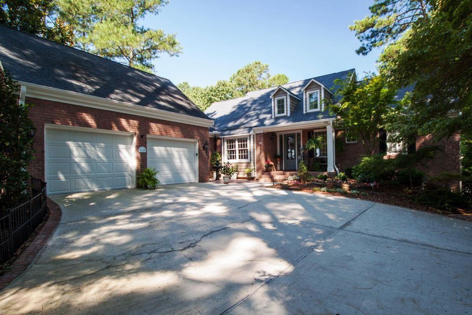 102 Lewallen Court, West End, NC 27376