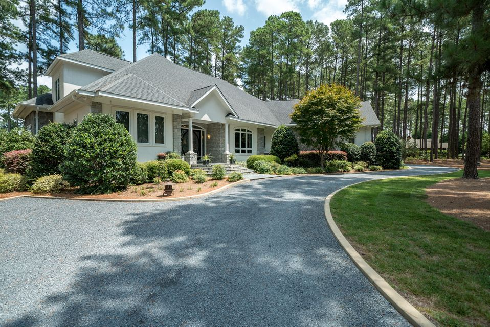 14 Grey Abbey Drive, Pinehurst, NC 28374