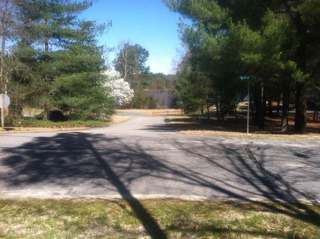 135 Sunset Way, West End, NC 27376