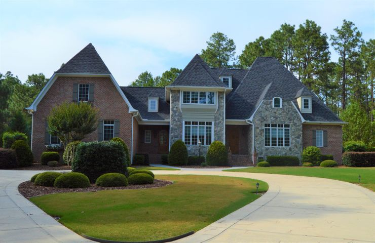 60 Quail Hollow Drive, Pinehurst, NC 28374