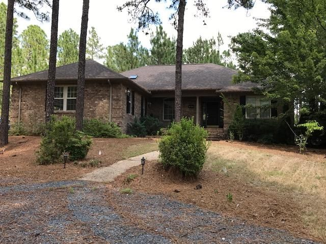 273 Longleaf Drive, West End, NC 27376