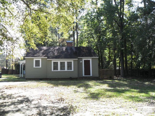 918 Richmond Road, Rockingham, NC 28379