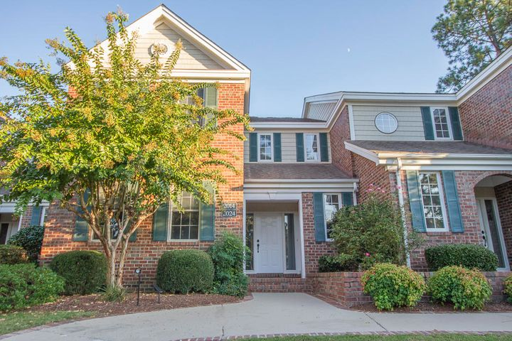 2014 Eastbourne Drive, Southern Pines, NC 28387