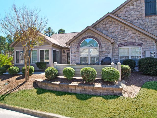 103 W Chelsea Court, Southern Pines, NC 28387