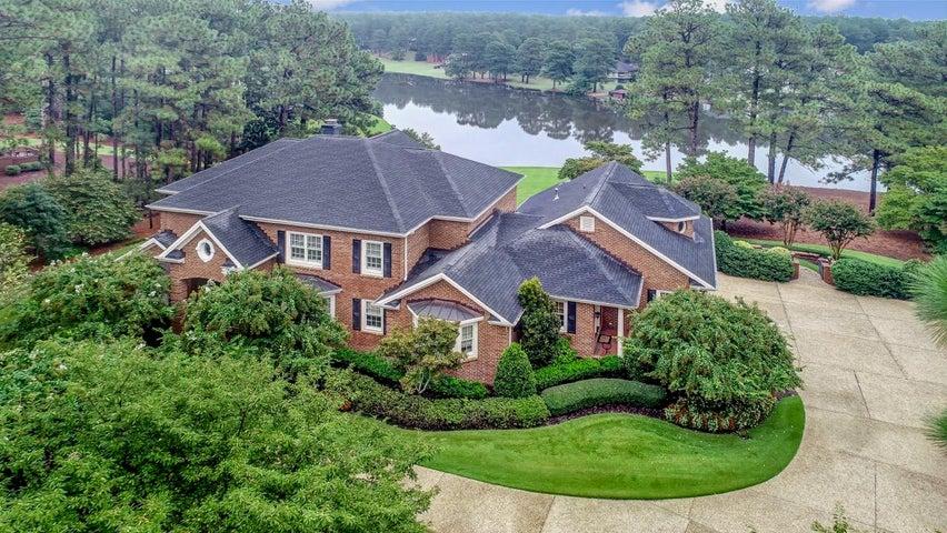 525 Lake Dornoch Drive, Pinehurst, NC 28374