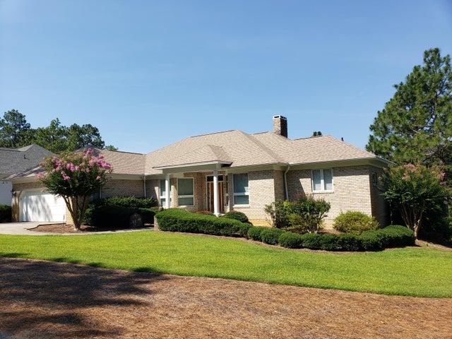 10 Beckett Rdg, Pinehurst, NC 28374