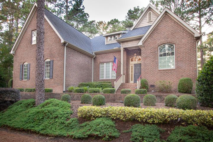 11 Sassafrass Lane, Pinehurst, NC 28374