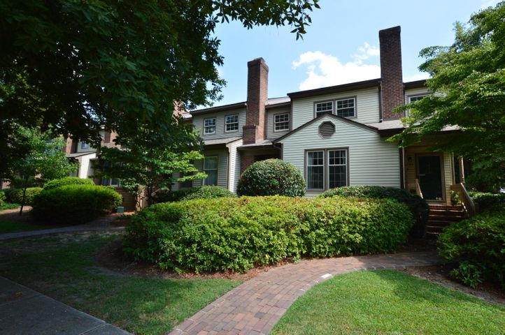 185 S Ashe Street, Southern Pines, NC 28387