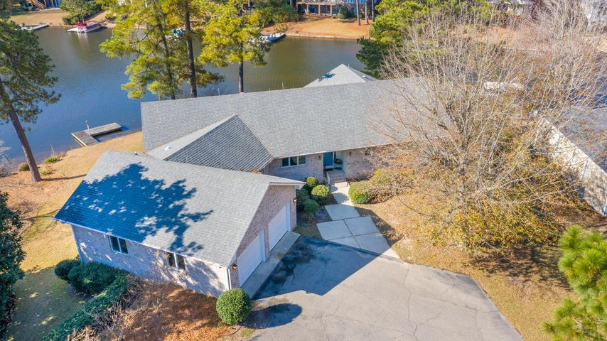 165 SW Lake Forest Drive, Pinehurst, NC 28374