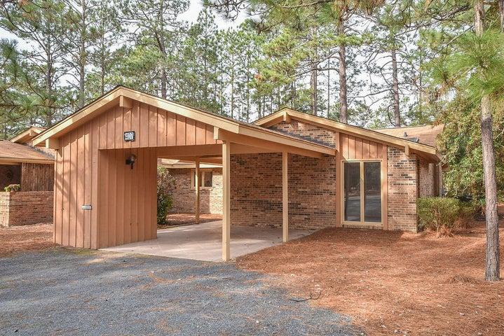 407 Teakwood Lane, Southern Pines, NC 28387