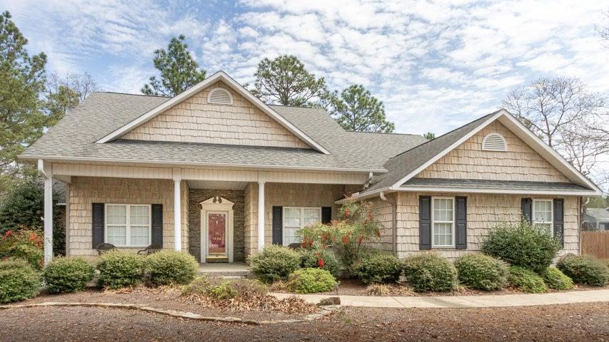 1200 Monticello Drive, Pinehurst, NC 28374