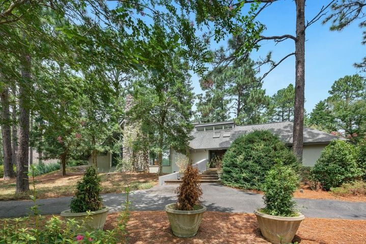 470 Fort Bragg Road, Southern Pines, NC 28387