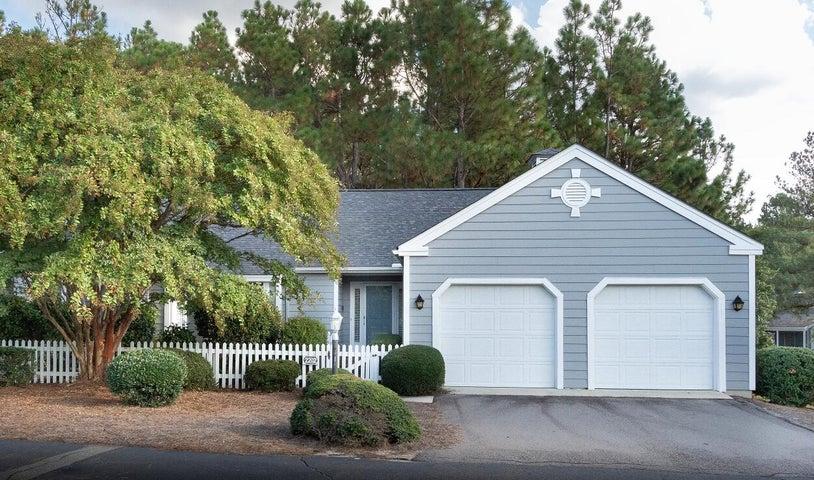 2202 Cabot Circle, Pinehurst, NC 28374