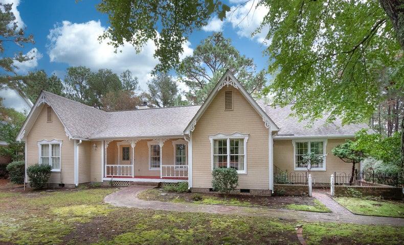 180 Sugar Pine Drive, Pinehurst, NC 28374