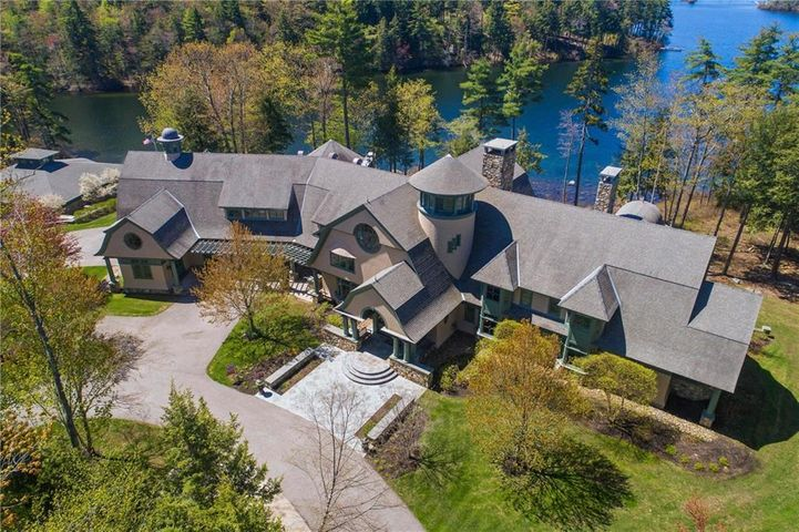 Arts & Crafts Estate designed by TMS Architects in Portsmouth, NH