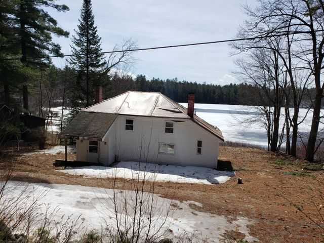 46 Hogan Pond Lane, Oxford, ME 04270