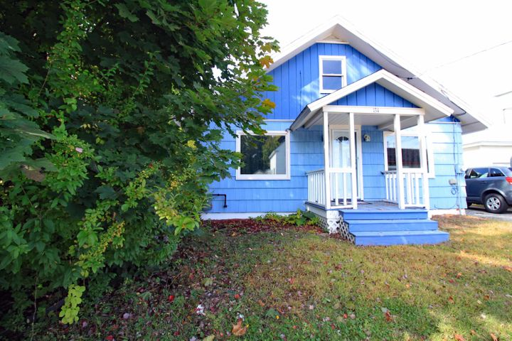 134 Summit Avenue, Lewiston, ME 04240