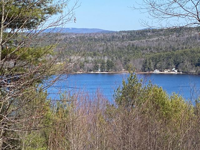 57 Lakeview Lane, Harrison, ME 04040
