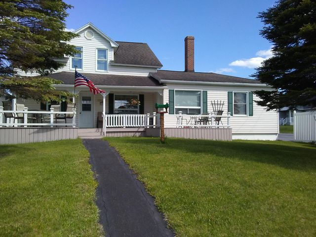 149 School Avenue, Madawaska, ME 04756