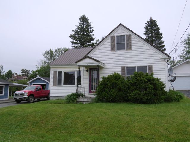 116 16th Avenue, Madawaska, ME 04756