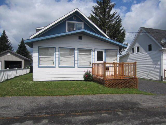 143 12th Avenue, Madawaska, ME 04756