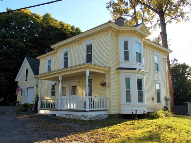 1 High Street, Dexter, ME 04930