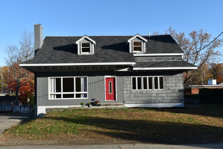 11 Middle Street, Millinocket, ME 04462