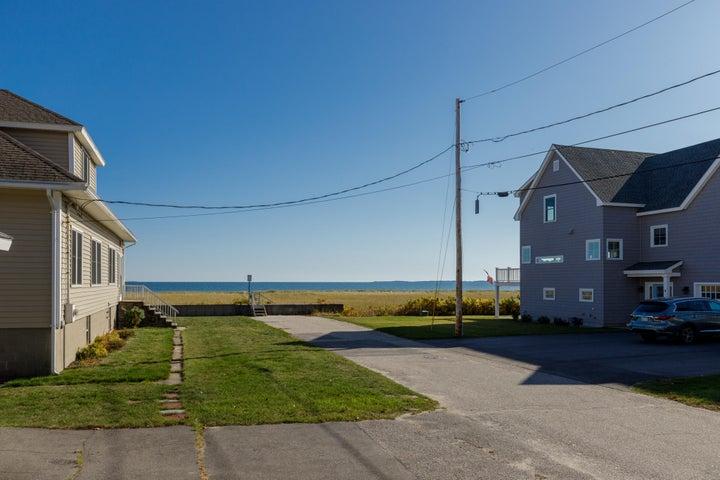 8 Beach Street