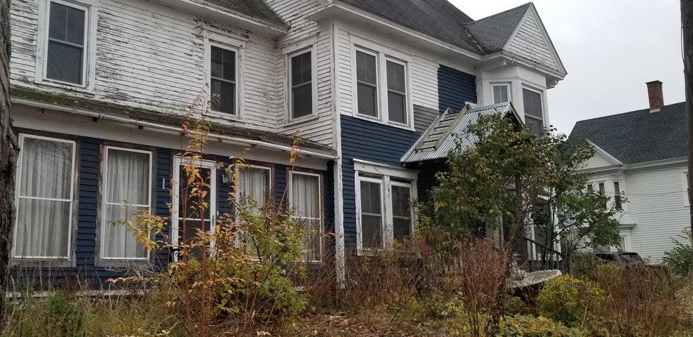 41 High Street, Dover Foxcroft, ME 04426