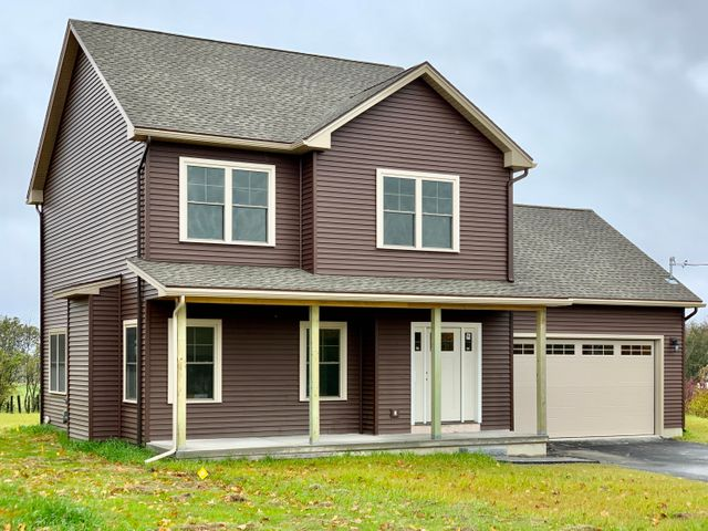 1143 Chase Road, Veazie, ME 04401