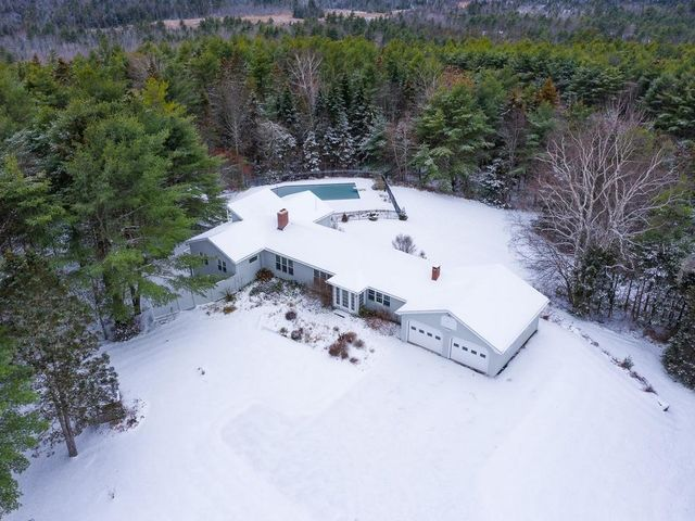 42 Fisher Road, Holden, ME 04429