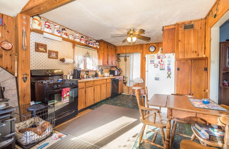 24 Hall Road Road, Woolwich, ME 04579