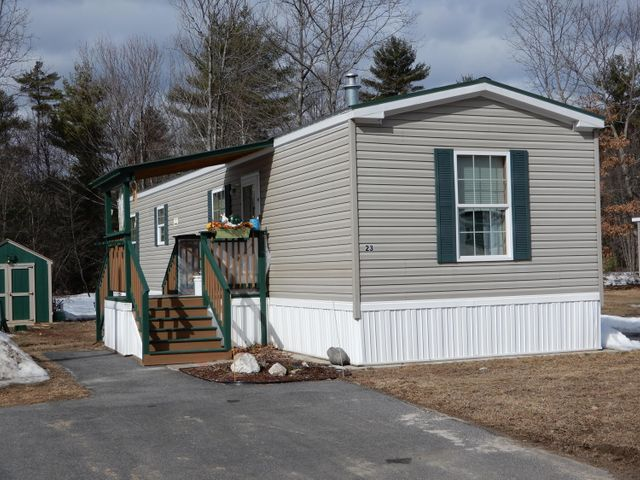 23 Deer Hill Avenue, Standish, ME 04084