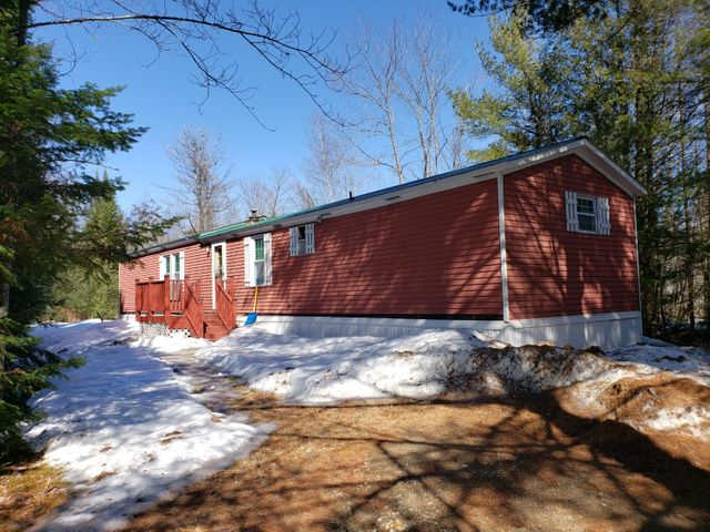 9 Duck Pond Road, Harrison, ME 04040