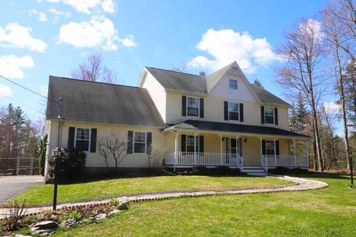 566 Black Forest Drive, Hermon, ME 04401
