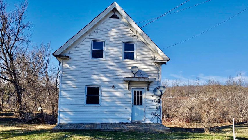 42 Water Street, Guilford, ME 04443
