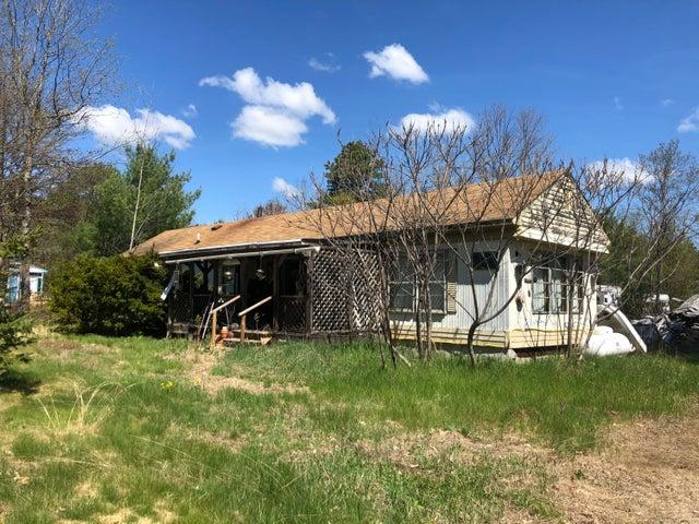 188 Plains Road, Hollis, ME 04042