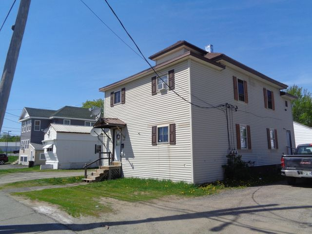 109 Main Street, East Millinocket, ME 04430