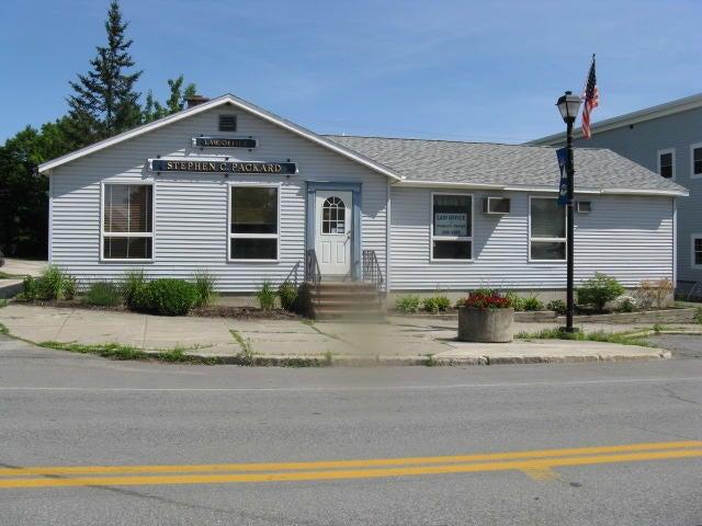 152 Main Street, Newport, ME 04953