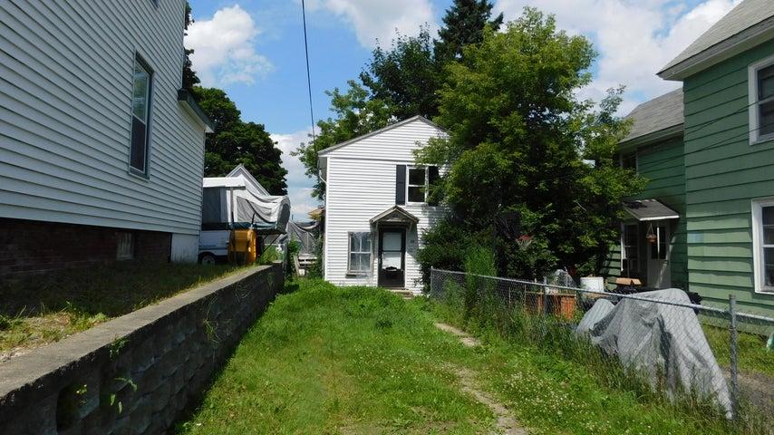 42 Fremont Street, Bangor, ME 04401