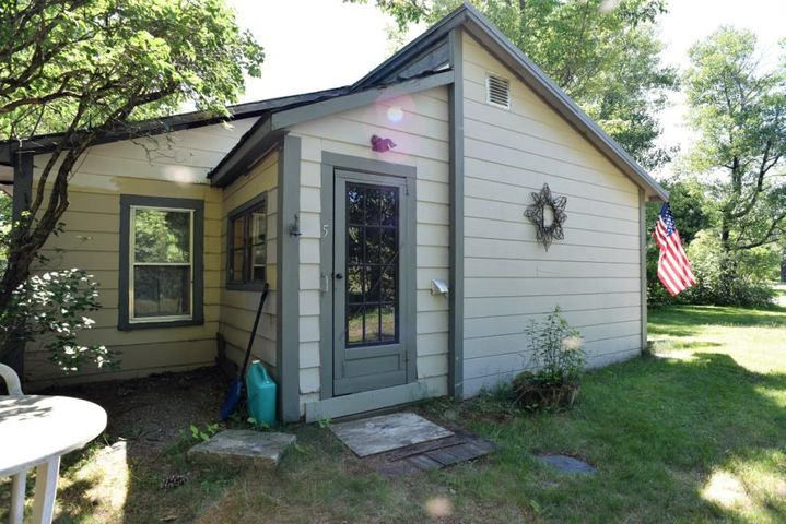 5 Donigan Road, Moscow, ME 04920