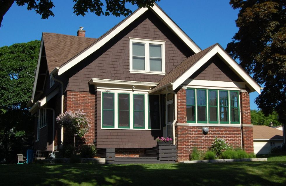 2419 n 63rd st wauwatosa wi 53213 for Bureau for sale near me